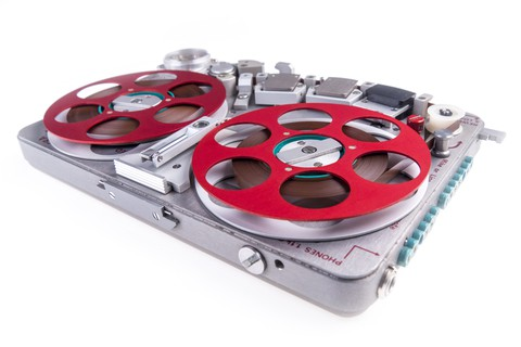 reel to reel audio tape recorder